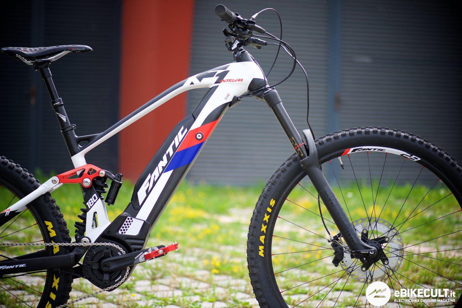 Fantic Xf1 Integra Enduro Race. Dove usare questa bici  180 mm di corsa  sono tanti e la presenza di motore e batteria permette a questa tipologia  di bici ... ca2dd897d