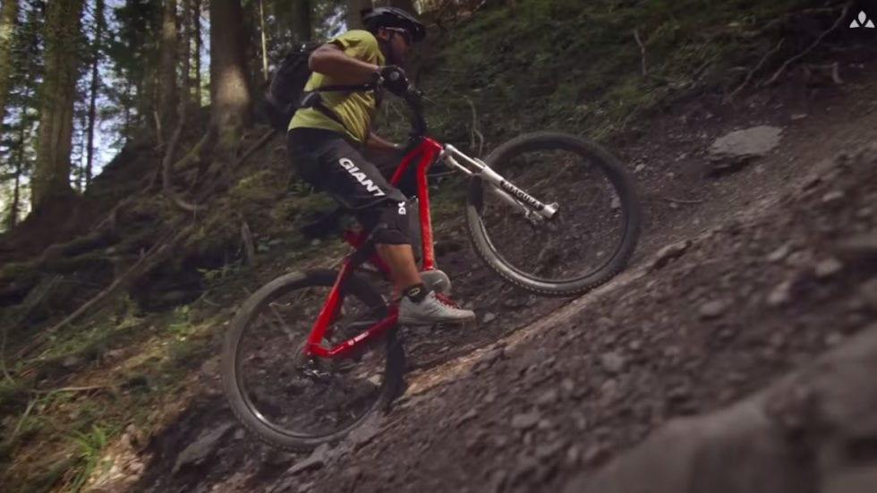 VIDEO – Uphill Flow: ecco come usare (bene) una e-bike…