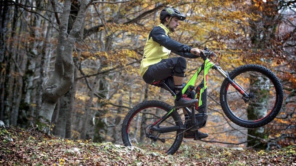 Il Superenduro 2016 introduce la categoria e-bike