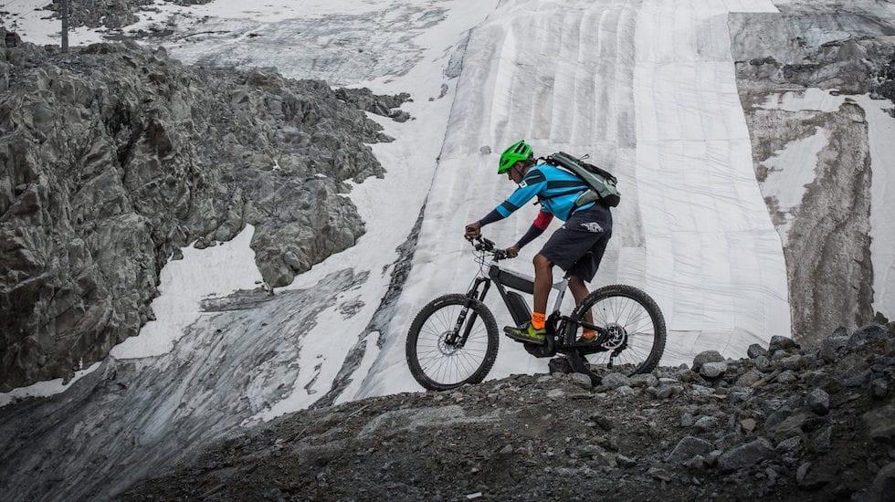 Sul ghiacciaio Presena, grazie a Bosch eBike Systems