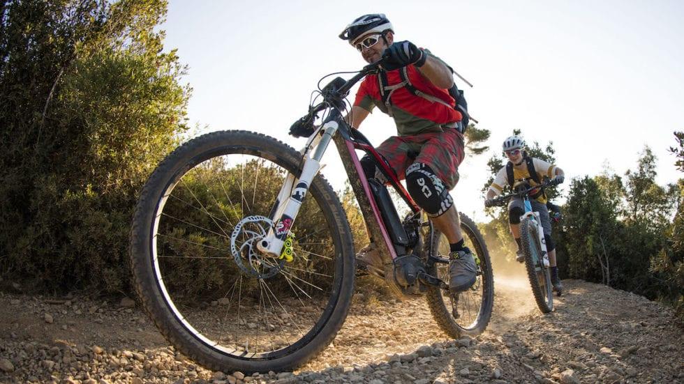Bosch: fra 10 anni una bici su 2 sarà una e-bike