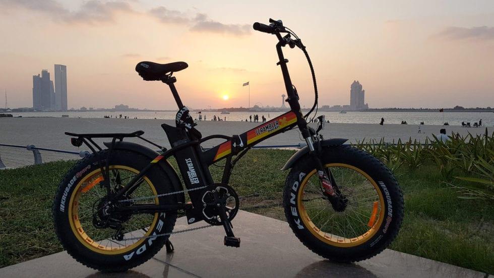 Scrambler Ducati eBike: foldable in Black e Yellow Edition