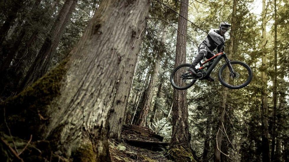 VIDEO – Jordie Lunn e la YT Decoy sui trail di Vancouver