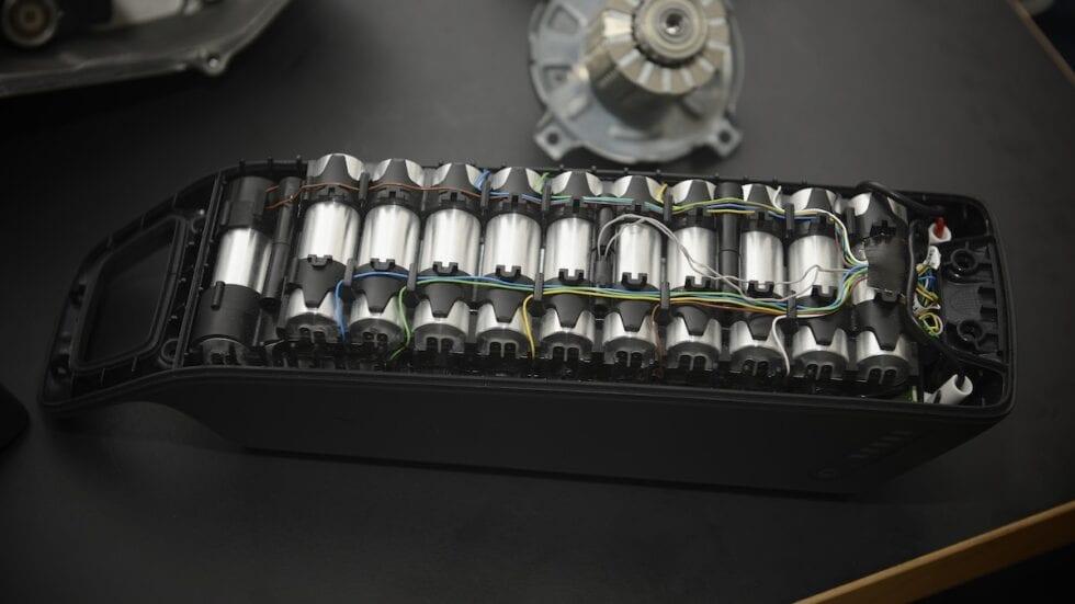Cosa fare quando la batteria di una e-bike si esaurisce? Lo abbiamo chiesto agli esperti…