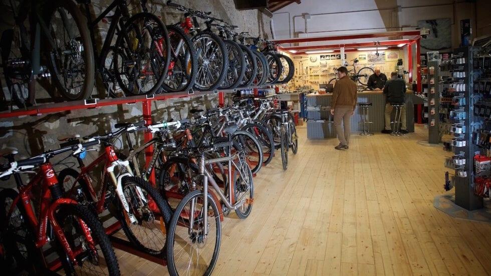 Il negozio di bici e gli acquisti consapevoli: una scelta attuale