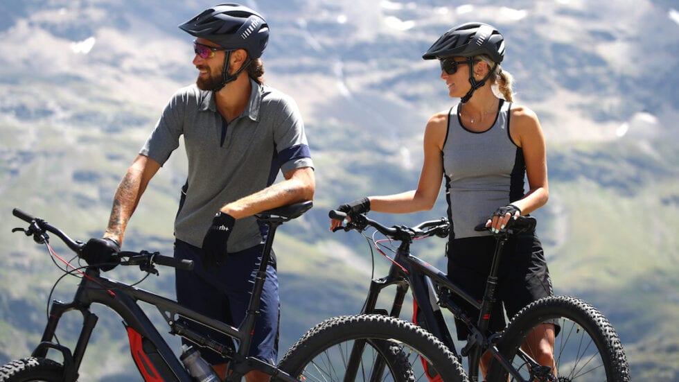 Collezione rh+ All Track per e-Bike: abbigliamento tecnico, colori sobri, stile raffinato