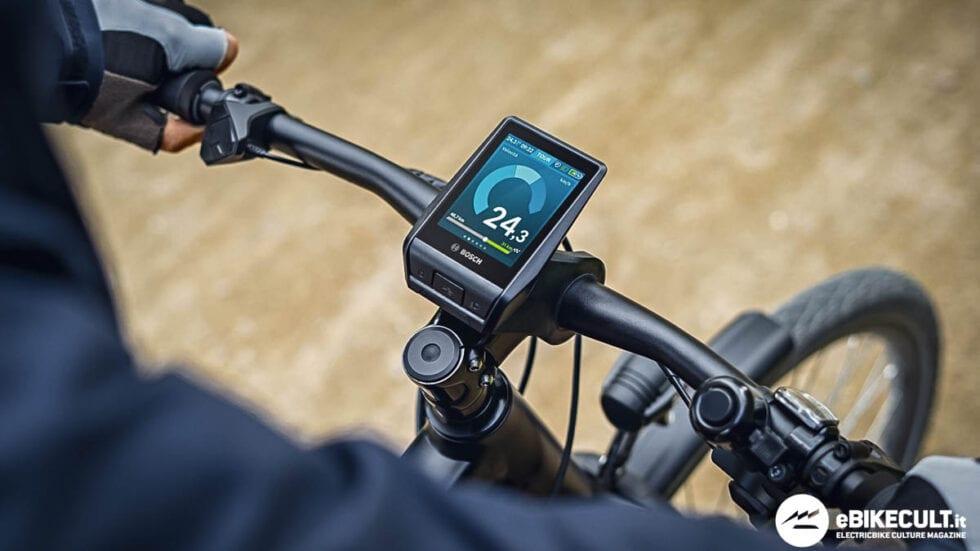 Nuovo display Bosch Nyon: touchscreen, navigazione e connettività